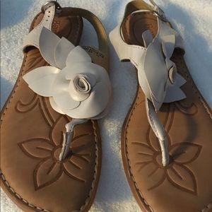 Gorgeous Born Sandals size 10